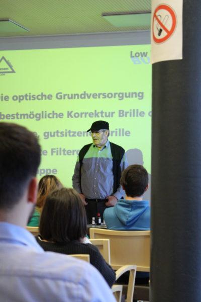 Fritz Buser bei seinem Vortrag