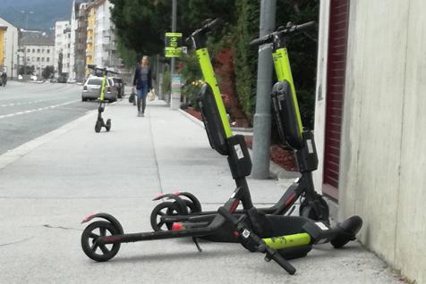 E-Scooter vor BSVT abgestellt